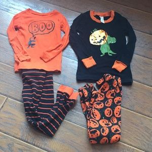 Bundle Halloween Pajamas -Size 4